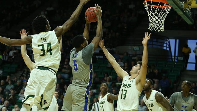 MTSU forward Nick King goes up for a basket against UAB on Dec. 30.