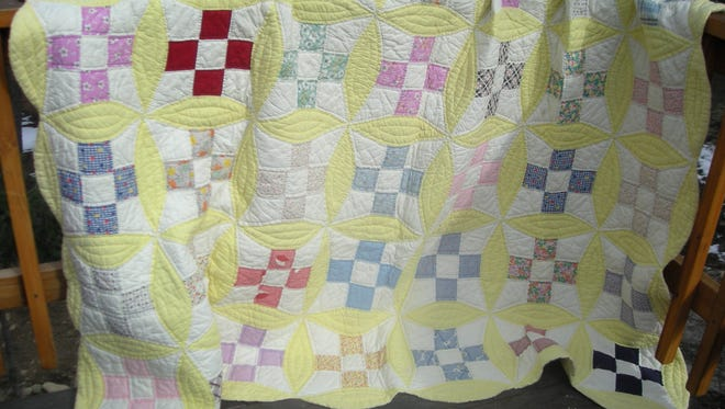 If you have a heritage hand-sewn quilt, bring it to Capitan Public Library Booktalkers program at 3 p.m. Sunday. The audience will have their own brief journey through quilts to pay tribute to our mothers, grandmothers, aunts and sisters who passed down family quilts to us. The quilt tells the story.