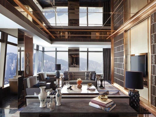 Ritz Carlton HK Suite2