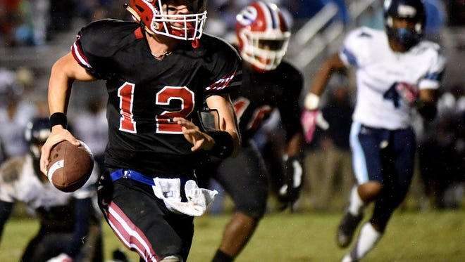 Junior quarterback Connor Curry will be one of Evangel's top returners in 2016.