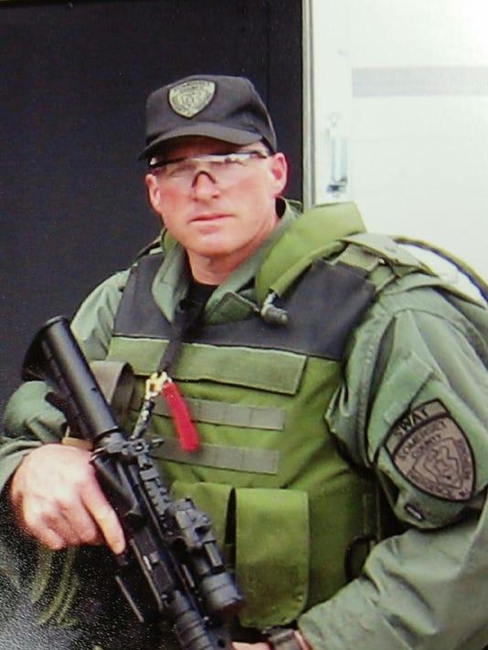 635902031713227607-Craig-Meyer-SWAT.jpeg