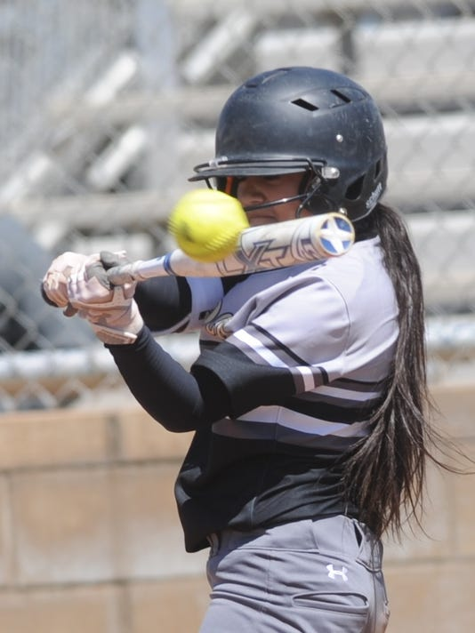 Lubbock High clubs Cooper 15-4 in softball