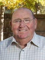 Ernest Robert (Bob) Odell was born on the family farm August 16, 1942 to Bud and Bessie Odell in Ramona, Oklahoma.  Bob was promoted to his heavenly home on June 27, 2015 after a short illness.