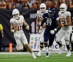 Texas and Oklahoma State duel for early Big 12 lead
