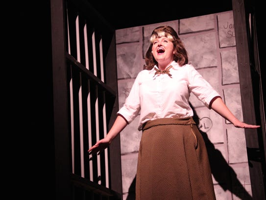 The actress who plays Tracy Turnblad belts out a tune
