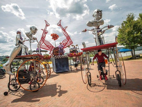 """Pittsburgh's Squonk Opera's """"Cycle Sonic"""" features giant bike sculptures and the group's post-industrial music to combine a live concert with art and transit."""