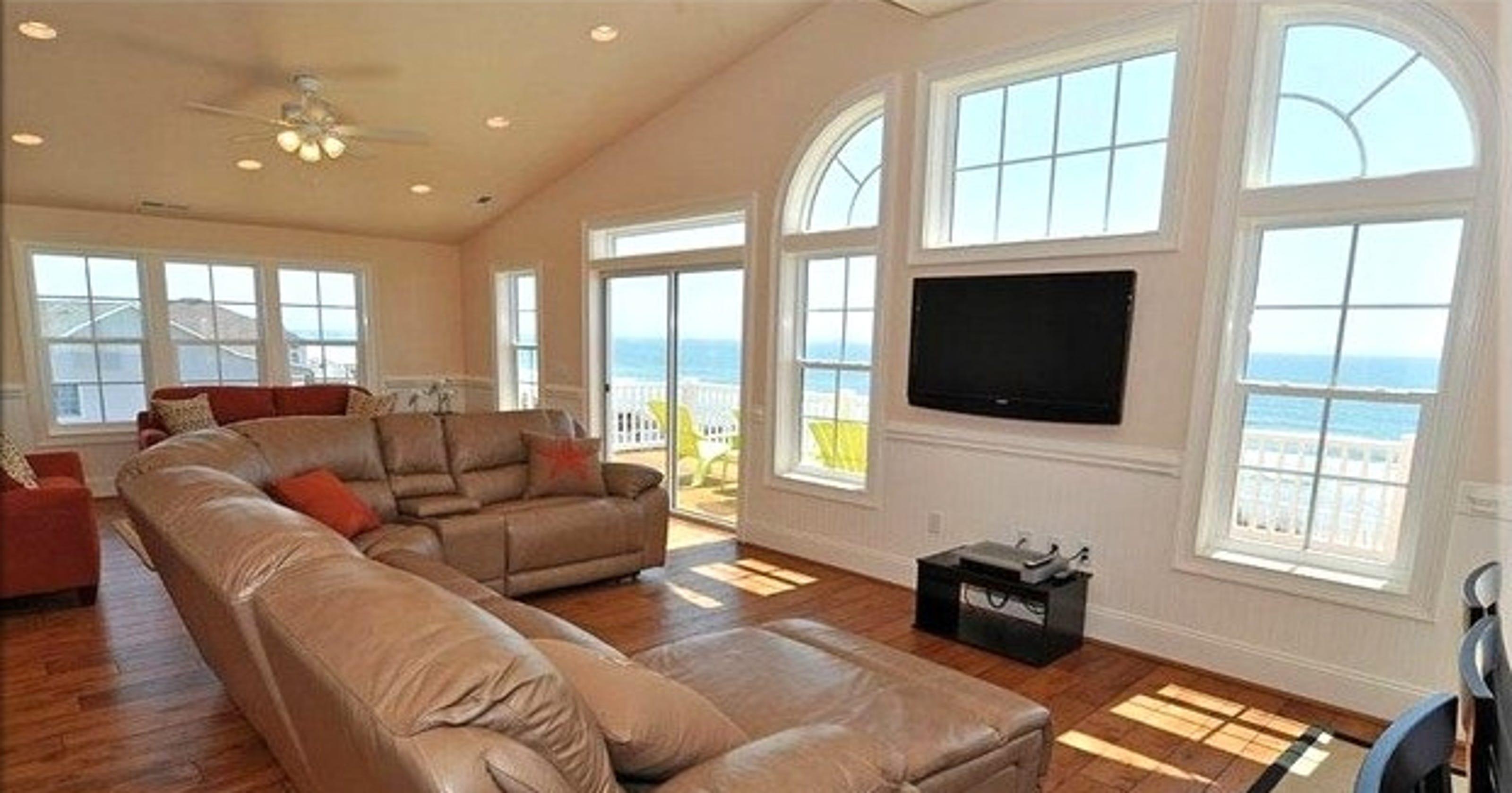 Beach house bonanza: Rent in September for big savings