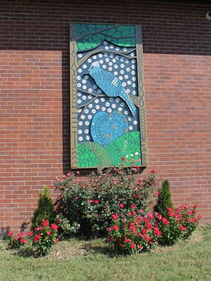 Pegram Elementary School received a $7,000 grant through the Community Foundation of Middle Tennessee to promote the arts. In the spring, each grade created a large painting. The fourth-grade class painting hangs on the side of the school.
