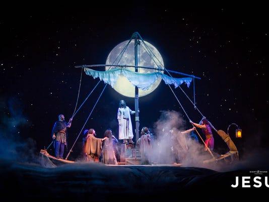 636570712174996660-JESUS-Walking-on-Water-Boat-1-.jpg