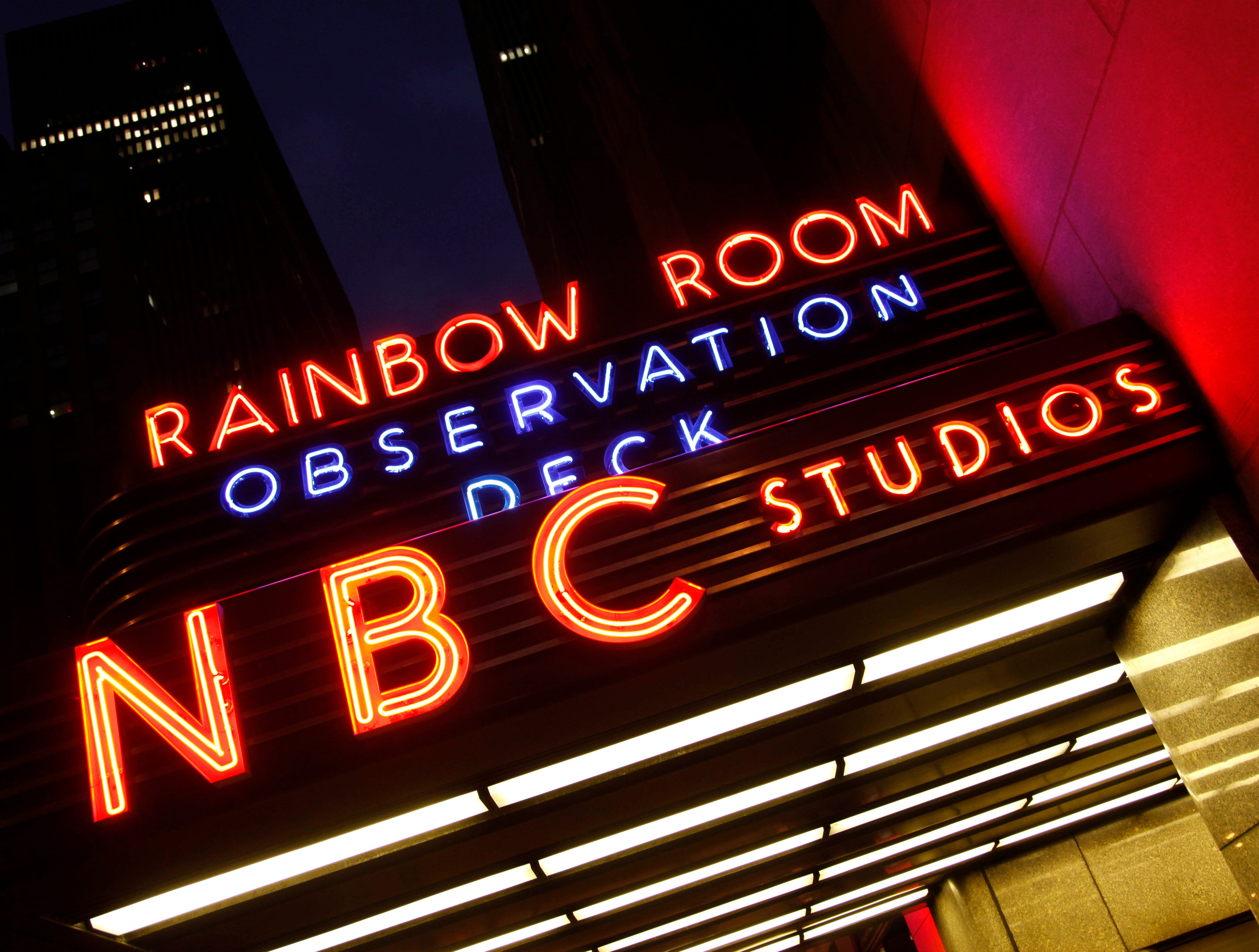 nbc sign ge building 2009