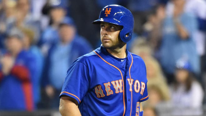Mets third basemen David Wright looks back after striking out during the ninth inning at Kauffman Stadium.