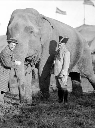 Karl Kae Knecht and man with Ringling Brothers Circus in 1920.