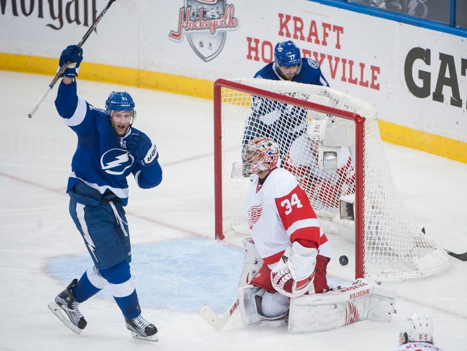 Tampa Bay Lightning center Steven Stamkos celebrates