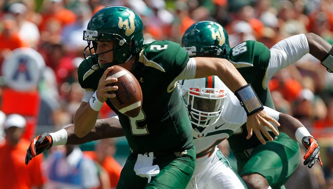 Quarterback Steven Bench's strong spring will give South Florida's coaches much to consider as they decide on a starter for 2014.