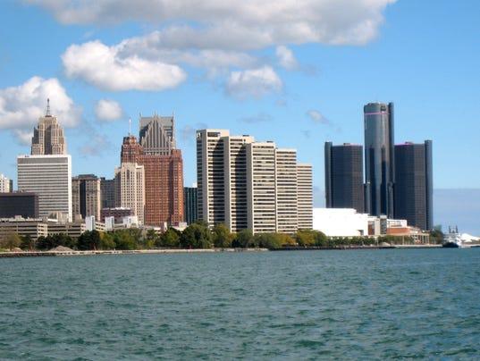 Detroit_skyline_6
