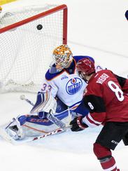 Coyotes center Tobias Rieder scores on Edmonton Oilers