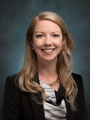 Cindy Schmidt is a new Associate at Lewis Roca Rothgerber in Tucson
