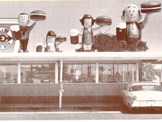 A photo from the 1960s shows the Papa Burger family