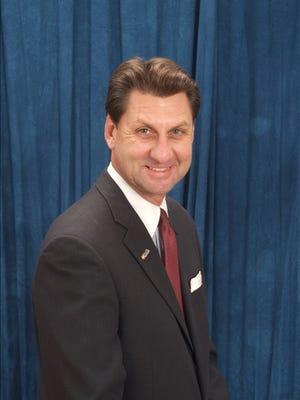 Michael J. Helak, U.S. Bank president, Des Moines market.
