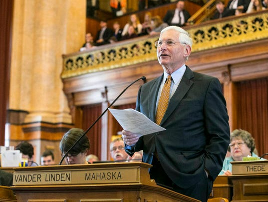 2015 Session of the 86th Iowa General Assembly