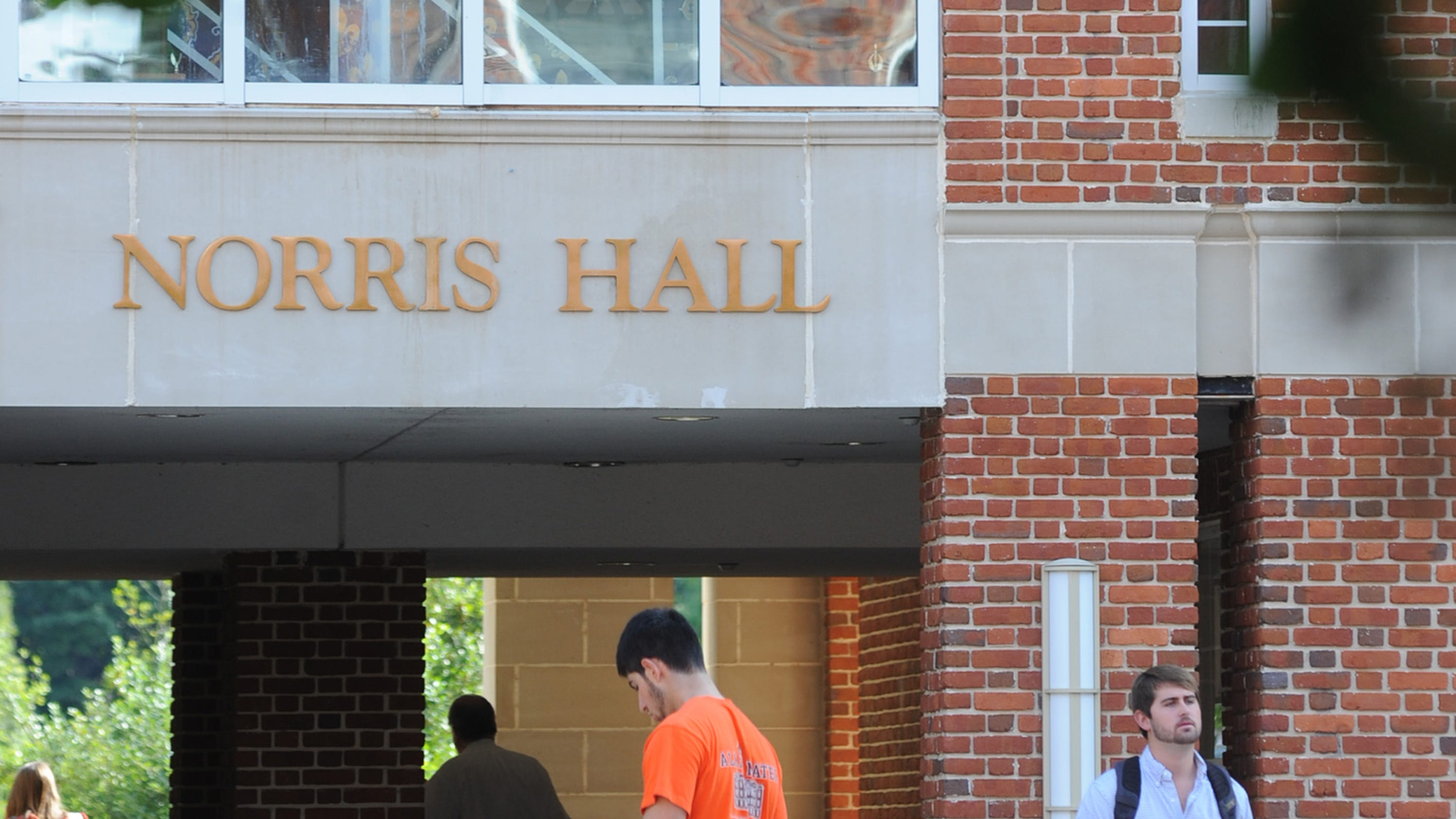 Local Clemson University students named to President\'s List