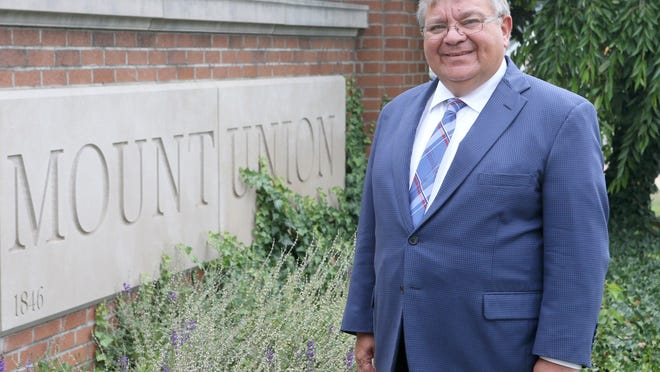 Thomas Botzman is the new president of the University of Mount Union in Alliance.