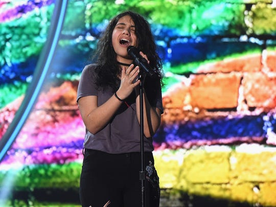 Canadian singer/songwriter Alessia Cara will perform