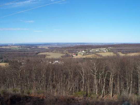 View looking north from the park's North Overlook.