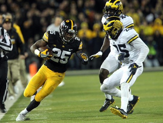 Iowa's Akrum Wadley was the difference-maker on offense