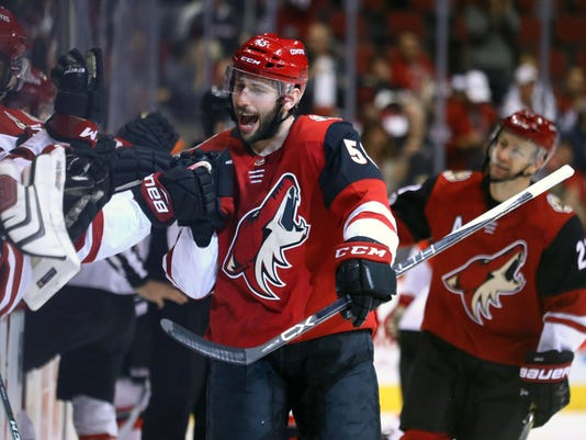 NHL: New Jersey Devils at Arizona Coyotes