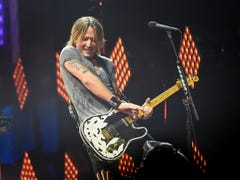 Keith Urban drops a cover of viral hit 'Old Town Road' on banjo: Watch