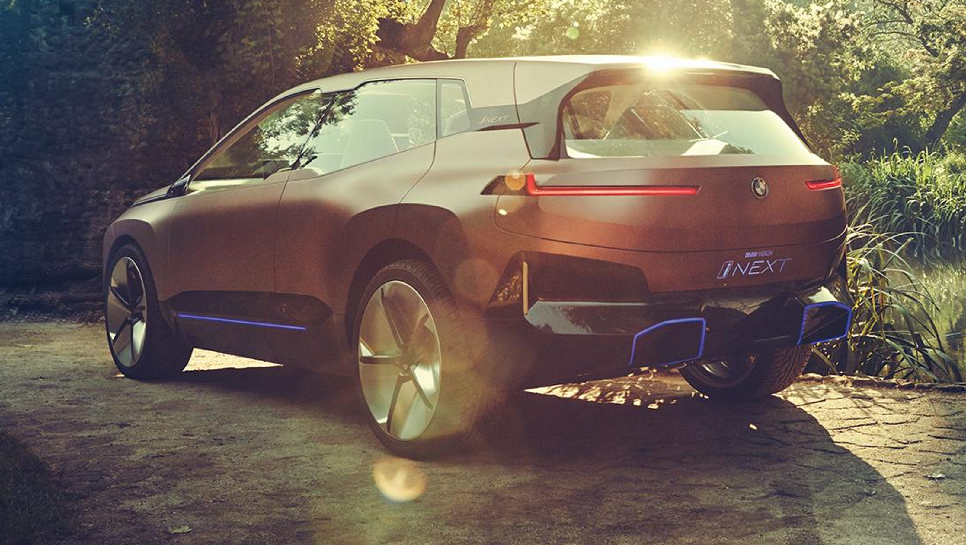 Bmw Morphs Electric Flagship Inext From Car To Suv