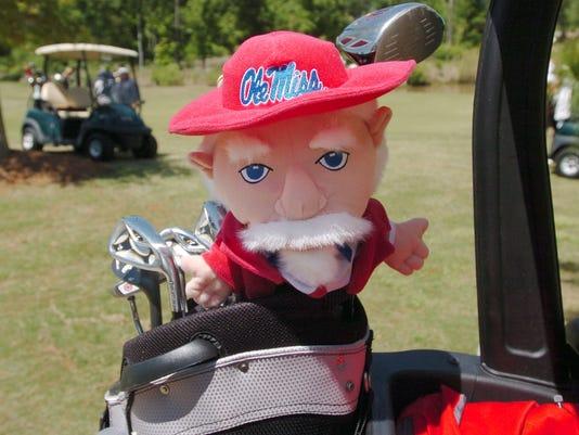 -Golf03.jpg_20090420.jpg