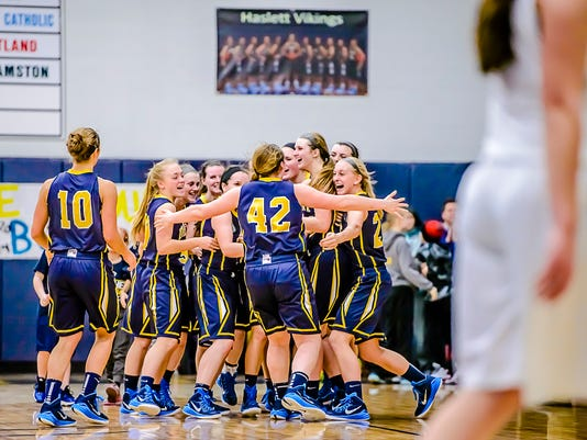 DeWitt vs Haslett Basketball