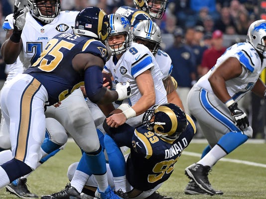 NFL: Detroit Lions at St. Louis Rams