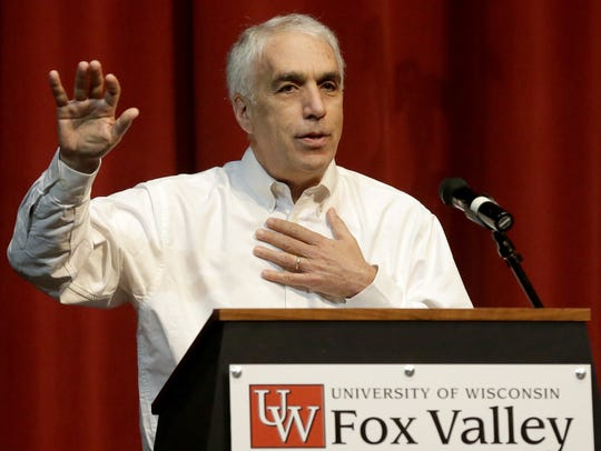 Author David Sheff speaks during the annual Fox Cities