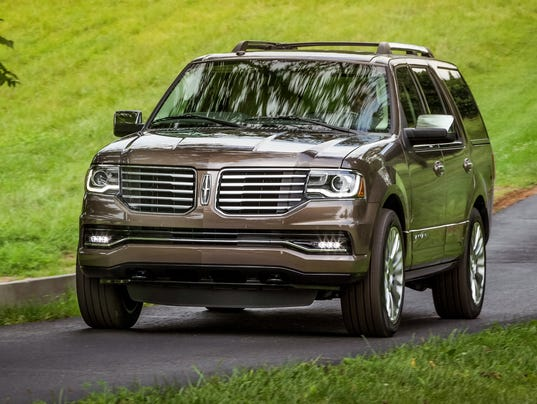 the 2015 lincoln navigator suv has power beauty. Black Bedroom Furniture Sets. Home Design Ideas