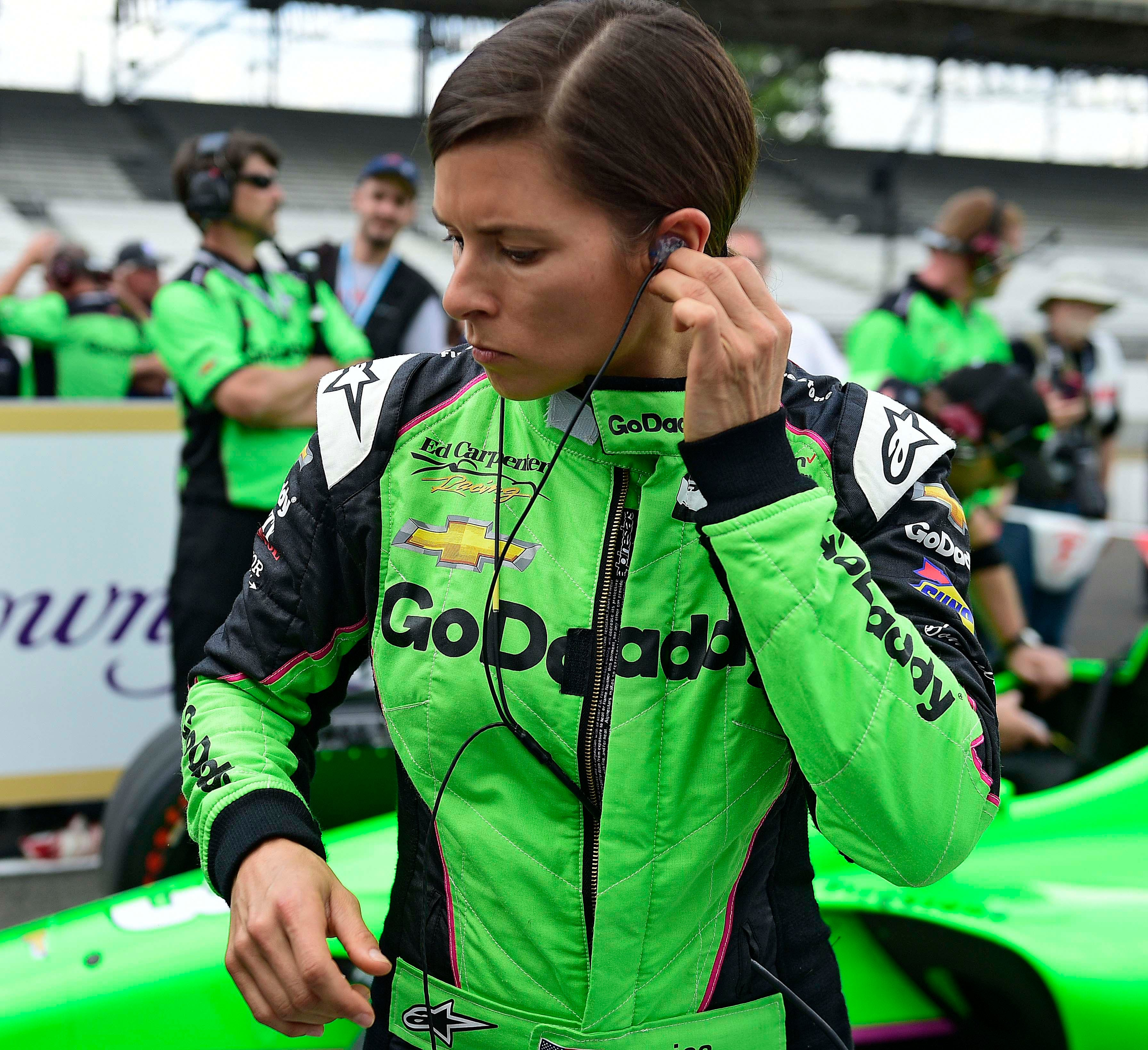 Lyn St. James 9th at Indianapolis 500 Lyn St. James 9th at Indianapolis 500 new pictures
