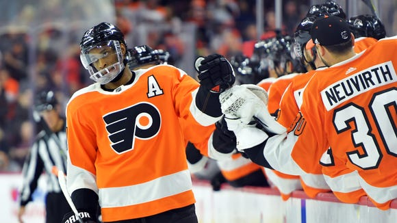Wayne Simmonds notched the game-winning tally with 2:15 left in Saturday's victory over the Edmonton Oilers.