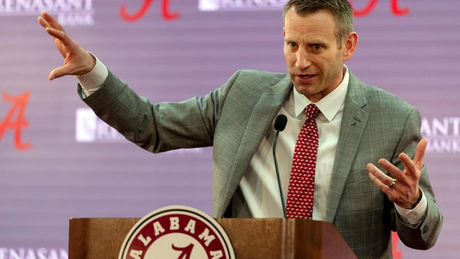 Nate Oats speaks after being introduced as the new men's college basketball coach for the University of Alabama, Thursday, March 28, 2019, in Tuscaloosa, Ala. (AP Photo/Vasha Hunt)