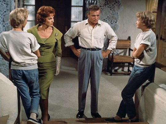 Hayley Mills with Maureen O'Hara and Brian Keith in