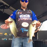 Rockwood's Derrick Blake in third place in FLW bass tournament