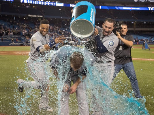 Mariners_Blue_Jays_Baseball_87545.jpg