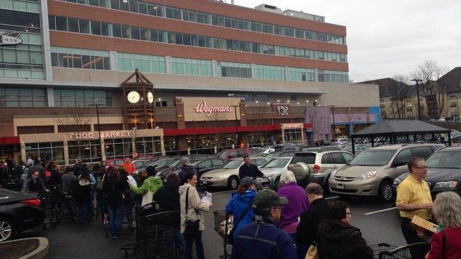 Wegmans Food Markets opens 80,000-square-foot store in Chestnut Hill, Mass.