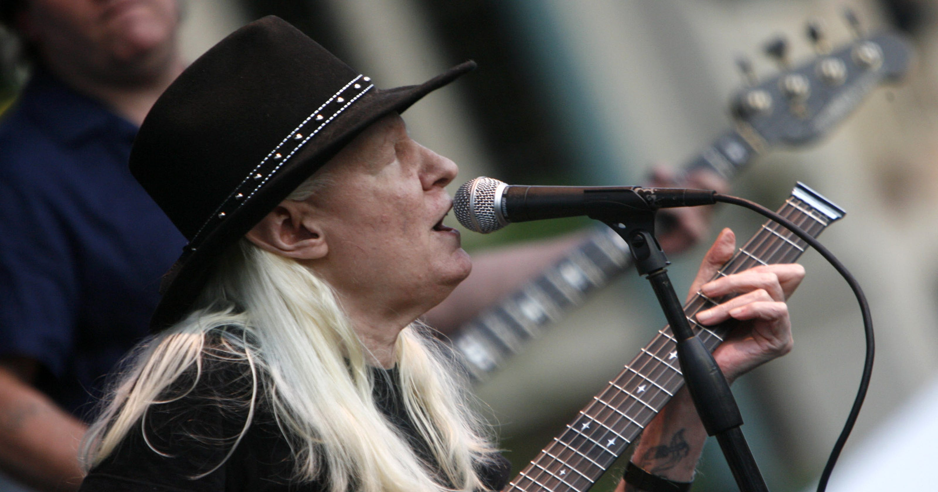 Blues Legend Johnny Winter Dies At 70 In Zurich Radio Wave Diagram Http Hollywoodbollywood Co Hoadmin