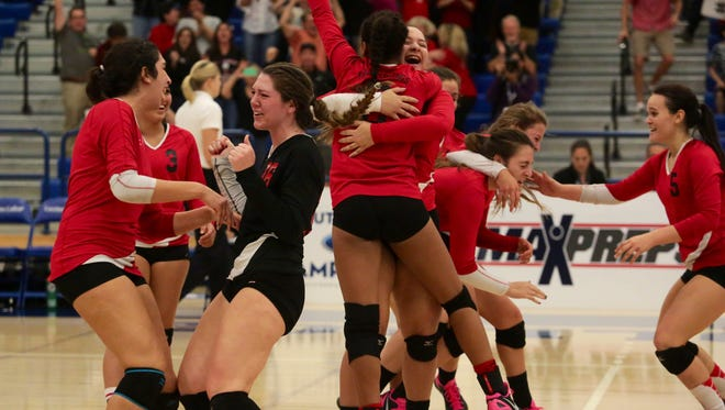 Palm Springs are CIF Div 2 Southern Section champs after beating Windward in straight sets in Cerritos on Saturday.