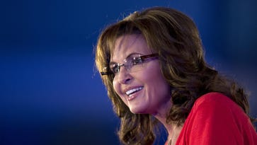 A Montana production company spokesman says former Gov. Sarah Palin has signed a deal to make a pilot for a reality courtroom TV show.