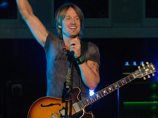 Keith Urban plays the Klipsch Music Center, Noblesville, Aug. 2, 2014.