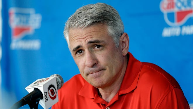 Carolina Hurricanes general manager Ron Francis has a number of tough choices to make prior to the trade deadline.