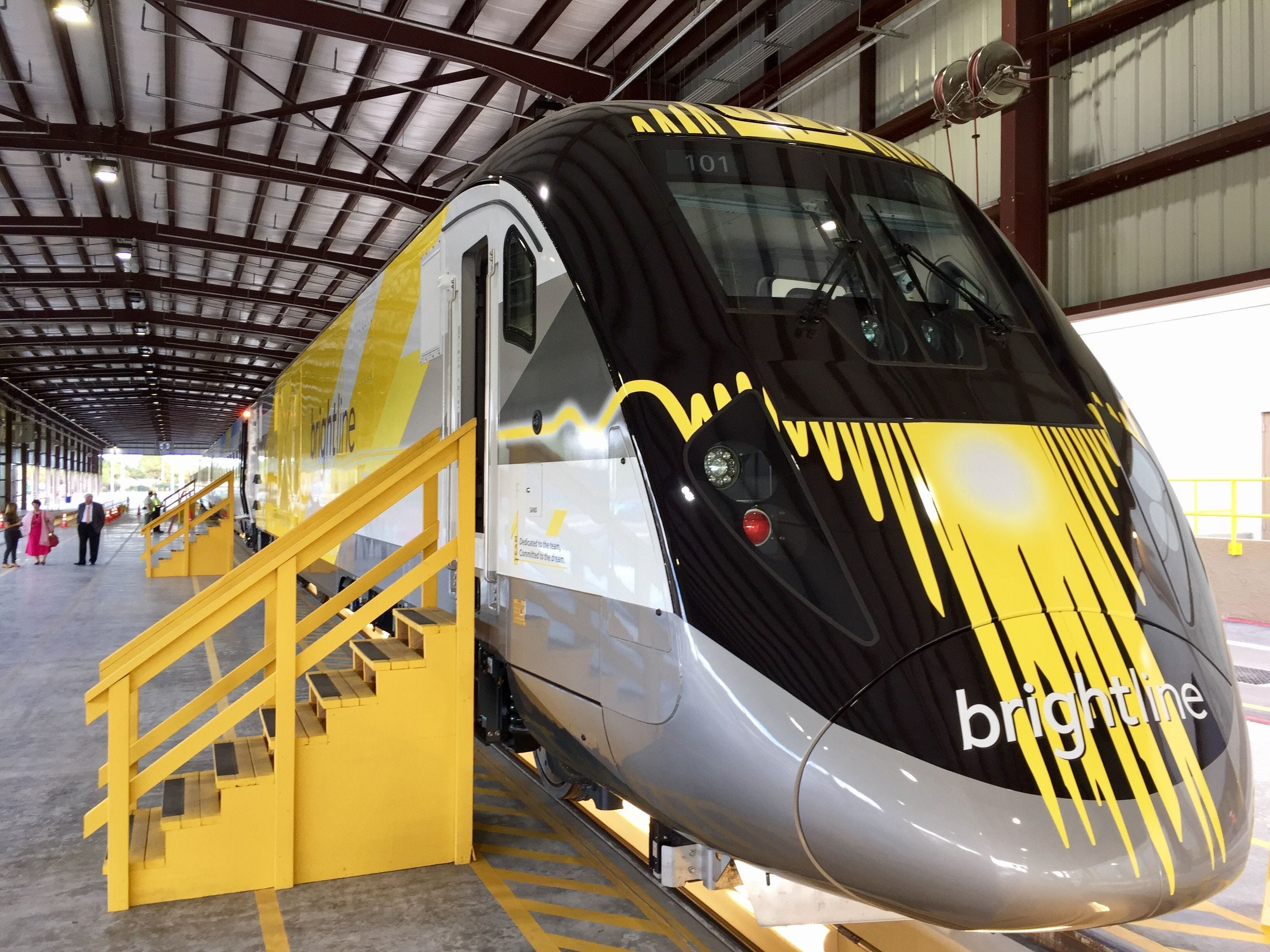 636197396868522489 3 first look new florida passenger train unveiled  at cos-gaming.co